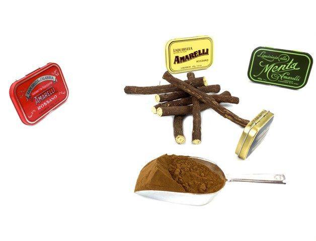 liquirizia amarelli polvere radice e scatoline metallo