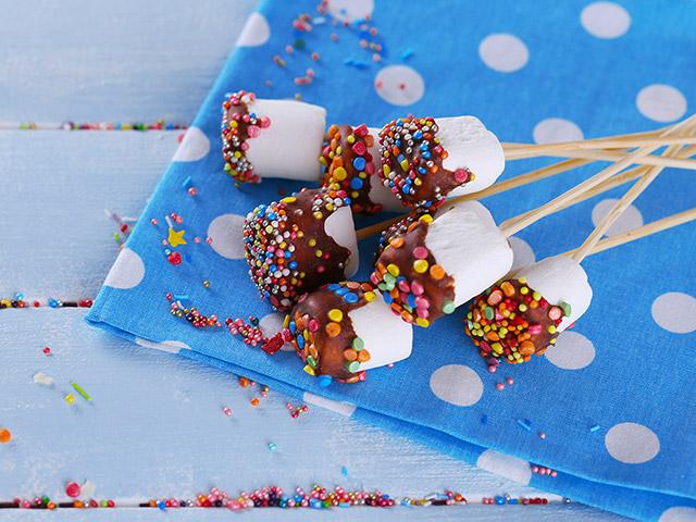 marshmallow cake design rigato