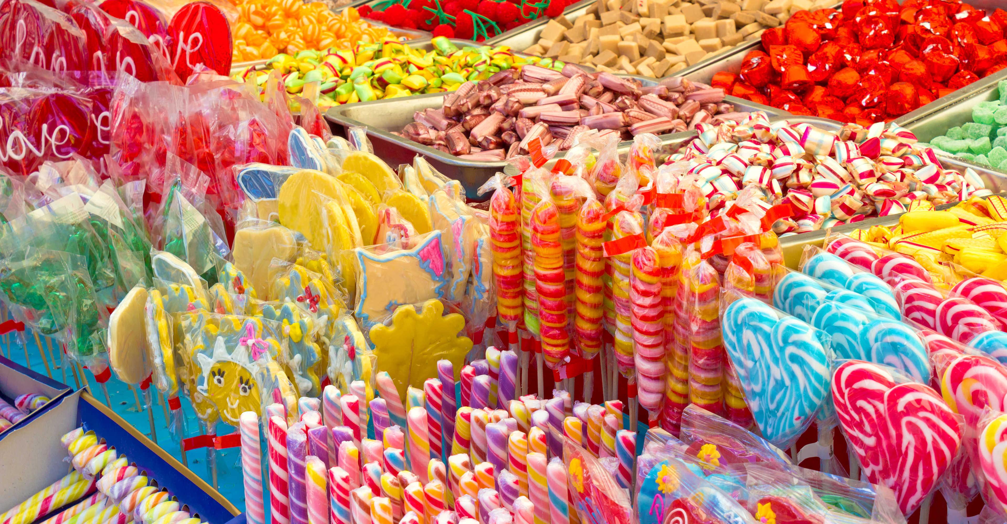 bancarella dolciumi varietà colori-slider