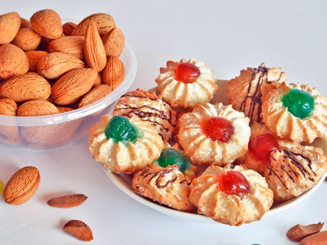 Biscotti-mandorle-ingrosso-Rigato