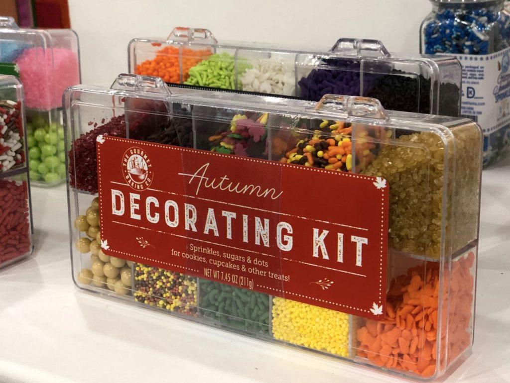 Deciration kit torte cake design summer fancy food show 2019