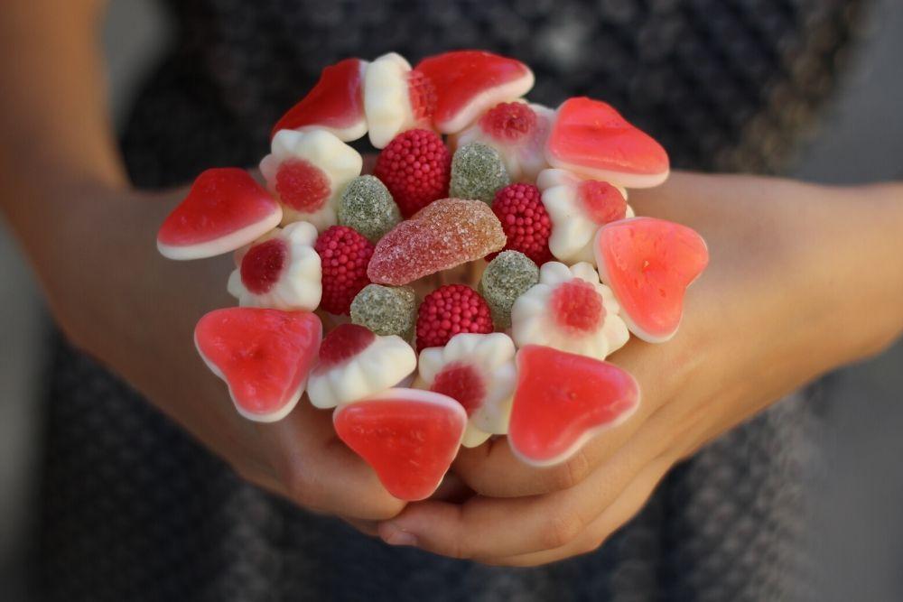 Bouquet di caramelle fai da te per la festa della mamma
