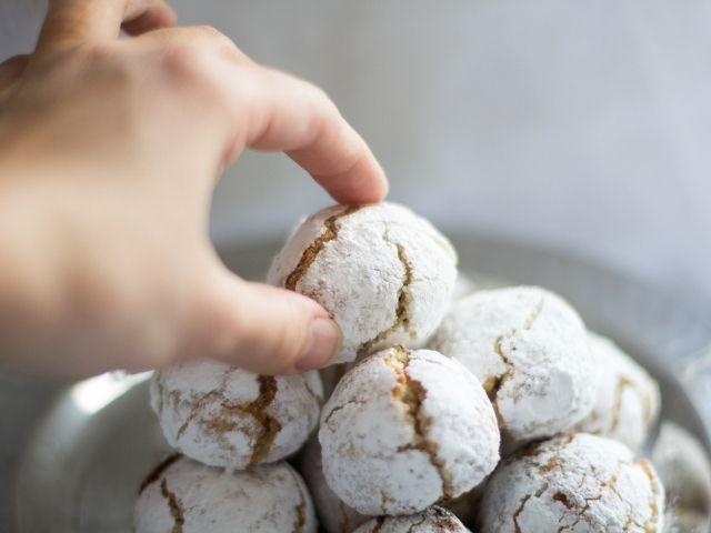 Biscotti tipici in pasta di mandorle vendita ingrosso per pasticcerie e bar