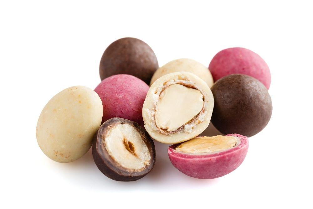 Dragees al cioccolato alternativa ai confetti per confettate e bomboniere